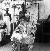 Ajalorun of Ijebu Ife, Ijebu Ife, 1949-50. Photograph by W.B. Fagg.  Copyright of the RAI.